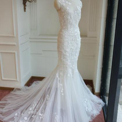 Elegant Mermaid Lace Wedding Dress...