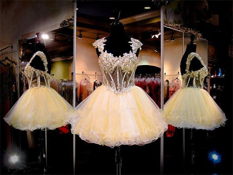 Luxury Exposed Boning Beads Short Homecoming Prom Dresses A Line Sweetheart Tiers Tulle Mini Party Graduation Dresses Open Back Cocktail