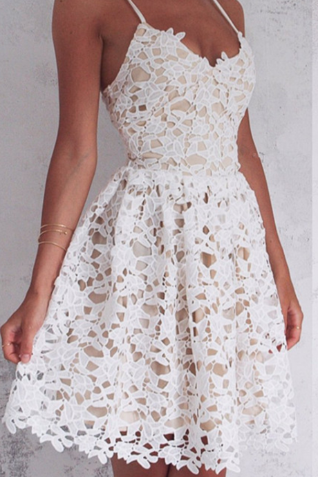 Sleeveless Spaghetti-Strap Lace Mini Modest Lace-up Homecoming Dress