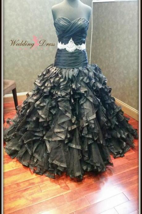 Elegant Gothic Wedding Dresses Vestidos de Novia Mermaid Black Sweetheart Tiered Ruffle Lace Up Wedding Dress Bridal Gowns