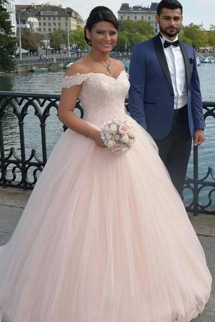 Off-the-Shoulder Lace Appliqués Ball Gown Wedding Dress with Long Train